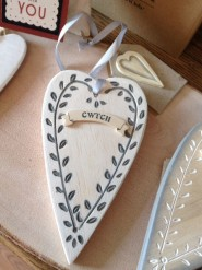 East of India Cwtch Wooden Heart